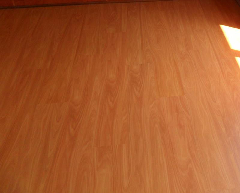 TRAVIATA_SUPREME_CHERRY_AC4_LAMINATED_FLOOR_PRETORIA17860.JPG